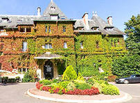 Four Star Chateau De Montvillargenne Hotel Is One Of The Most Luxurious Hotels Near Paris It Located 35 Kilometers From
