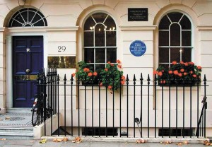Virgina-Woolf-Fitzroy-Square-Londres_LRZIMA20120616_0025_4