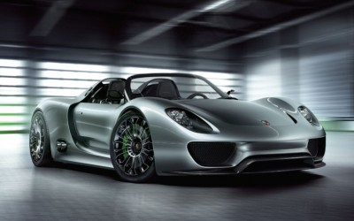 1002_03_z+2011_porsche_918_spyder+front_three_quarter_view