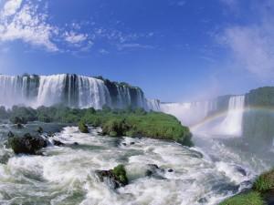 Vodopady Iguasu, Brazilija Iguazu Falls, Brazil krasivye vodopady, skazochnye mesta  best hd wallpapers07