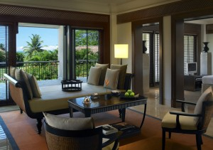 Goa_TL000014_clubpoolsuite_livingroom-1280x900 (1)
