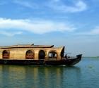 boat_india_kerala_desktop_1920x1200_wallpaper-209052