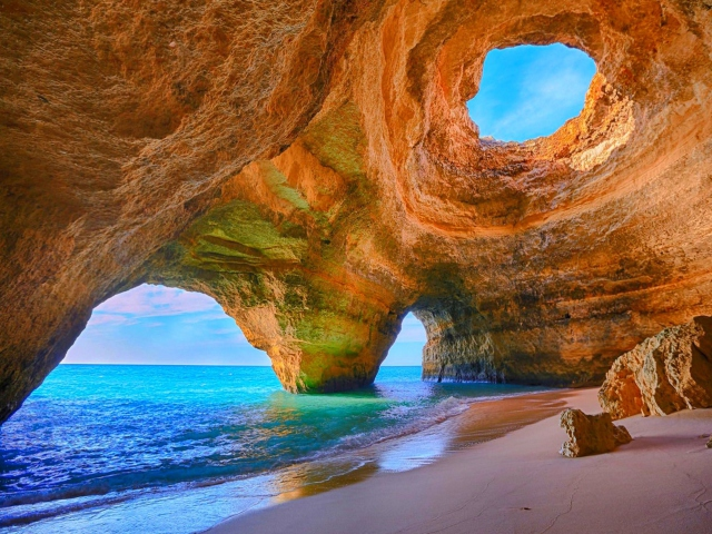 Sea-Cave-640x480