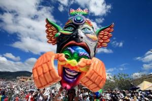 La-ciudad-colombiana-de-Pasto-celebra-su-Carnaval-de-Negros-y-Blancos-Patrimonio-Inmaterial