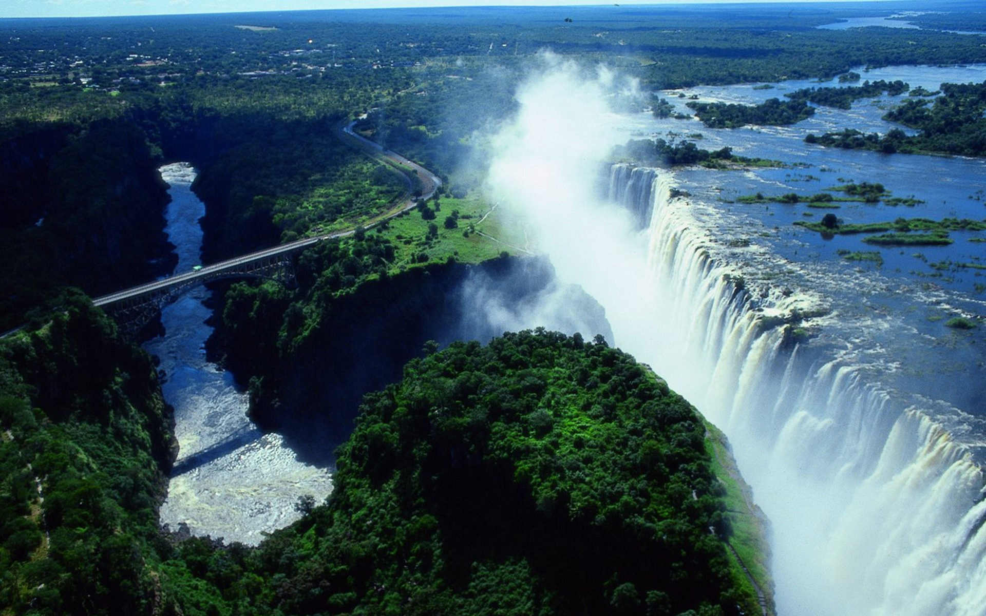 Most spectacular waterfalls of the world elite club ltd for Most spectacular waterfalls