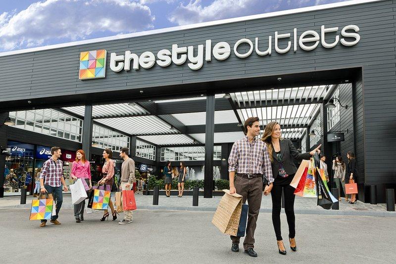 Best shopping outlets in europe elite club ltd - Factory de dos hermanas sevilla ...
